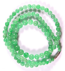 Jade-Necklace-Beads-35ag My jade jewelry collection Natural Jade, jadeite bead�s made into a jade necklace.