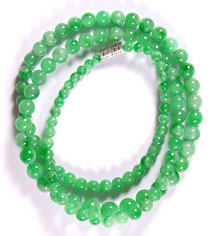 Jade-Necklace-Beads-38ag My jade jewelry collection Natural Jade, jadeite bead�s made into a jade necklace.